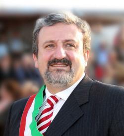 Forza Italia contro Emiliano: sapremo salvare i pugliesi dal male della sinistra