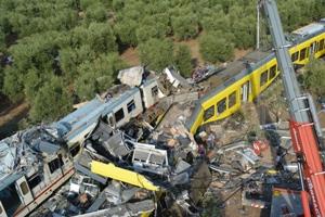 Tragedia ferroviaria in Puglia. M5S: Emiliano ammetta le colpe