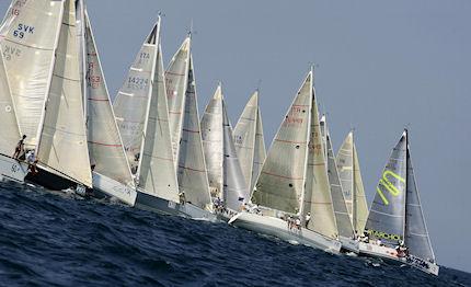 A Taranto gran premio dei catamarani piu' veloci del mondo
